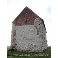 St Peter-on-the-Wall, Bradwell-juxta-Mare  Church - The W wall, clearly showing the arched brickwork where this 